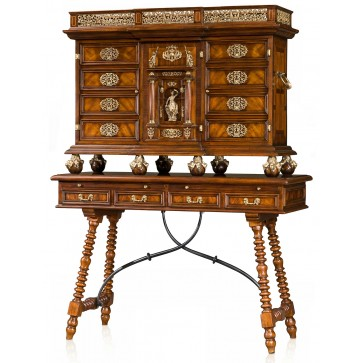 Althorp cocktail cabinet
