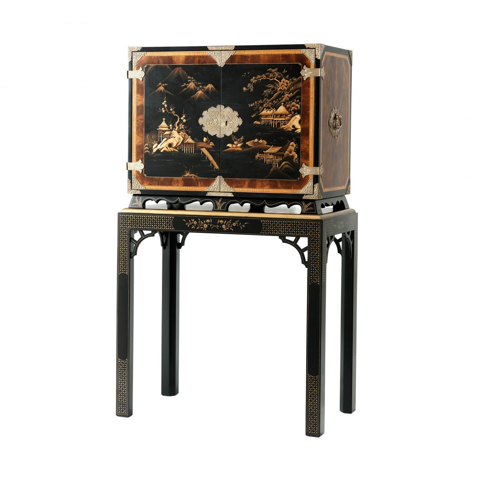 Black Lacquered Chinoiserie Bar or Drinks Cabinet with Hand-Painted Chinese Decoration