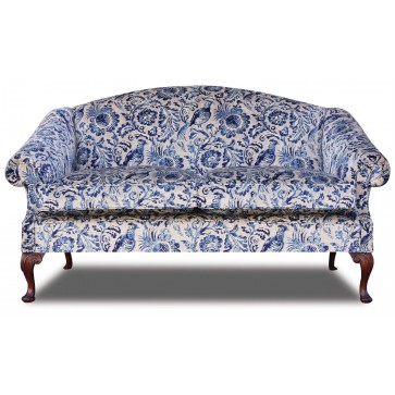 Coleridge 2.5 seat sofa in antiqued velvet print