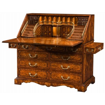 Late Georgian style mahogany bureau desk